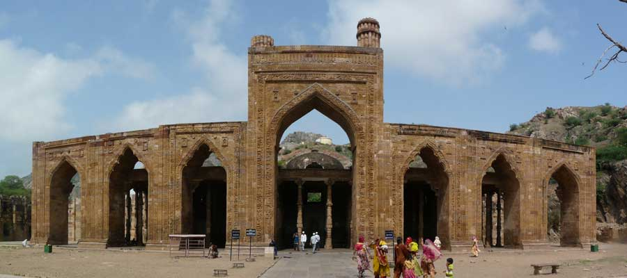 adhai-din-ka-jhonpra-ajmer