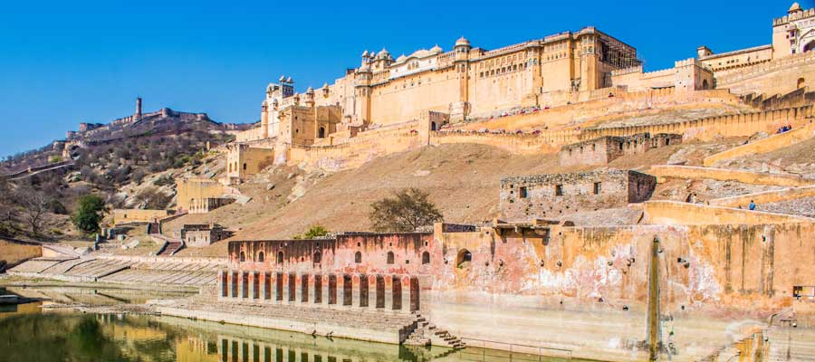 """Jaipur Sightseeing Taxi: Explore the """"Walled City""""!"""