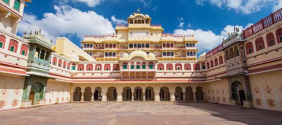Delhi to Jaipur One Day Tour: How to Plan a Day Outing from Delhi ...