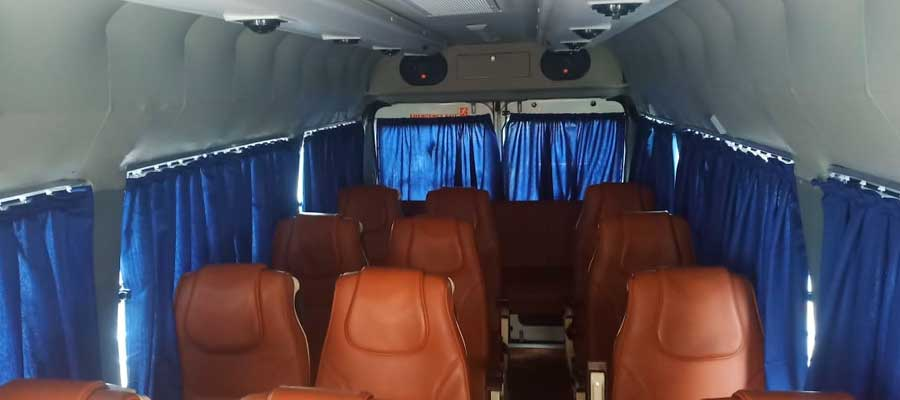 tempo-traveller-for-luxury-tours